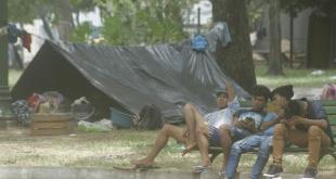 Los indígenas acampados en Asunción. Foto archivo.