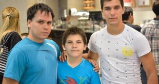 Jorge, Antonio y Juan Verón.