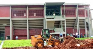 Los trabajos en los alrededores del Polideportivo Municipal se intensifican a modo de culminar a tiempo con las obras complementarias.