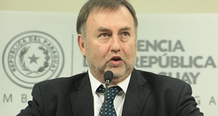 Benigno López, ministro de Hacienda.