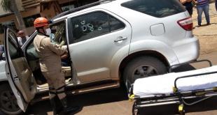 La camioneta de Juana Bautista Torres Vera, quedó con varios impactos de bala.