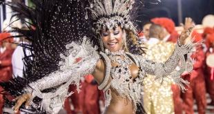 """La """"folia"""" se apodera de las calles de Brasil durante el carnaval que este año será en marzo."""