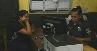 Jannyne Monserrat Cristaldo Núñez, al momento de presentar la denuncia ante la comisaría jurisdiccional.