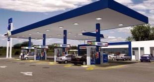 """La estación de Petropar en la vía rápida Ñu Guasu """"molesta a otra de emblema privado"""", acusó el abogado Luis Villamayor. La empresa Puma tiene un local en las inmediaciones."""