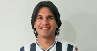 Guillermo Beltrán jugará un año en Santaní.