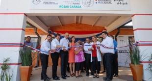 """El Ministerio de Salud habilitó este martes la USF """"Rojas Cañada"""", de la ciudad de Capiatá."""