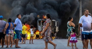 Las bandas criminales han incendiado varios ómnibus en el Estado de Ceará.