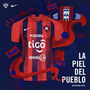 Cerro Porteño renovó como en cada inicio de temporada el diseño de su camiseta azulgrana para disputar los partidos de este 2019. (Foto @CCP1912oficial).