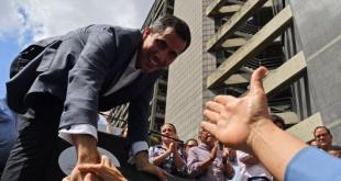Horas después, el líder de la oposición al régimen de Nicolás Maduro fue liberado. Foto: CNN.