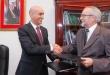El ministro de salud, doctor Julio Mazzoleni, junto a Jorge Méndez del Fondo Cristiano Canadiense.