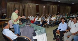 La actividad se desarrolló en el salón auditorio Hernando Bertoni de la Dirección de Extensión Agraria (DEAg) ubicado en la ciudad de San Lorenzo.