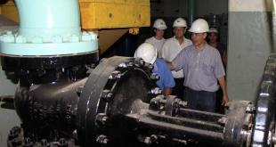 Recorrido de verificación de los trabajos de mantenimiento de la unidad generadora de Acaray.