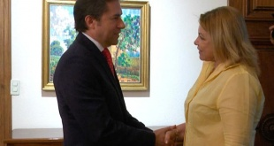 La Ministra de la Mujer, Nilda Romero, visitó esta mañana al Ministro de Relaciones Exteriores, Luis Castiglioni.