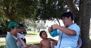 Los vecinos del distrito de Coronel Oviedo y J. E. Estigarribia, recibieron asistencia médica por funcionarios de salud.