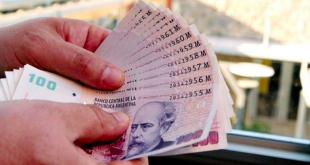 El peso argentino es el segundo más devaluado de la región.