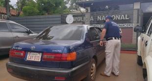 Los agentes de la dirección Contra Hechos Punibles Económicos y Financieros de la Policía Nacional, regional Ciudad del Este, detuvieron a un presunto estafador. Foto: Gentileza.