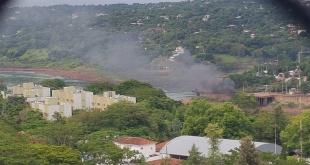 La contaminación llega al otro lado del río Paraná, en zona de Foz de Yguazú-Brasil.
