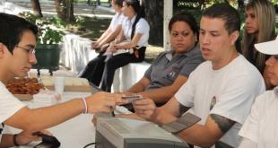 La cifra de ciudadanos que acudieron hasta una oficina del Registro Electoral llegó a los 40.000 electores.