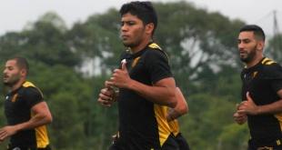 Robert Rojas, el juvenil defensor del Aborigen, iría al Palmeiras de Brasil. (Foto Prensa Guaraní).