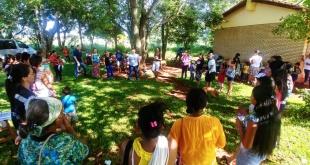 La jornada se realizó en el Aty Guazú, que es un espacio en el cual la comunidad se comunica con el personal de salud.