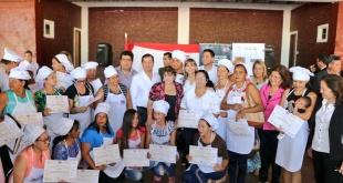La ceremonia se llevó a cabo este martes, 22 de enero, a las 11:00 horas, en el Tinglado Municipal de la ciudad de San Roque González de Santa Cruz.