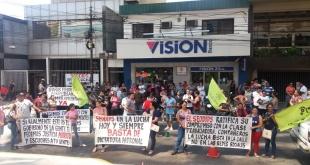 Los sindicalistas, constantemente, se manifiestan ante las medidas arbitrarias del gobierno.