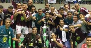 La selección de Ñemby se consagró campeón del nacional de fútbol de salón 2019 . Foto:  Federación Paraguaya de Fútbol de Salón.