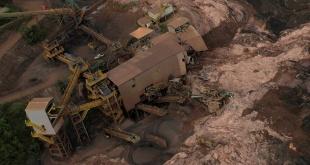 Las instalaciones de la firma Vale quedaron destruidas por la avalancha de barro.