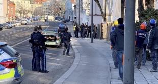 Dos personas, incluido el presunto criminal, murieron como resultado de un incidente con armas de fuego en la ciudad alemana de Múnich, informó la Policía de la ciudad.