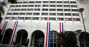 Sede del Poder Judicial, que según la doctora Elodia Almirón, está sumergida en la corrupción, falta de transparencia y morosidad.