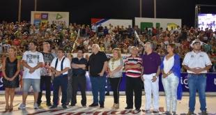 Las autoridades hicieron entrega de las resoluciones de interés cultural del carnaval.