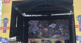 Cientos de personas llegaron hasta la ciudad colombiana de Cúcuta para el concierto humanitario por la libertad de Venezuela.