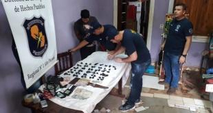 El procedimiento que se efectuó en una vivienda ubicada en el barrio San Francisco de la ciudad de Hernandarias. Foto: Gentileza.