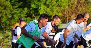 El plantel del Decano trabaja de cara al juego ante Libertad, por la séptima fecha del Apertura. (Foto Prensa Olimpia).