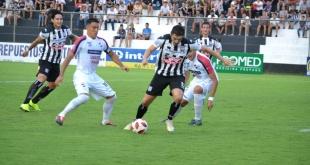 Nacional derrotó 2-1 al Deportivo Santaní, a orillas del Tapiracuái. (Foto Prensa Santaní)