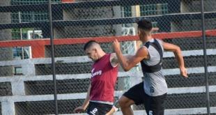 El plantel de las Águilas trabajó ayer en su campo de juego de cara al duelo de esta tarde. (Foto Prensa Gral. Díaz).