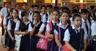 Si bien en las instituciones educativas privadas ya iniciaron las clases, en las públicas iniciarán este jueves.