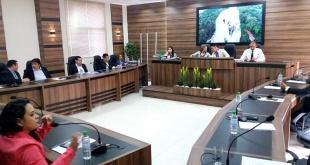 Los concejales durante la sesión de la Junta de Presidente Franco.