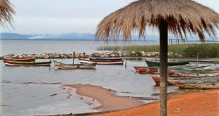 Las aguas del lago Ypacaraí no están aptas para el ingreso de bañistas.