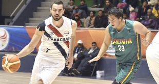 Paraguay entra nuevamente en acción en las clasificatorias por el grupo B, de la FIBA Americup 2021. En la imagen, Bruno Zanotti capitán del equipo en un duelo ante Bolivia.