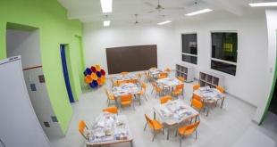 Una de las aulas refaccionadas de la escuela Ignacio A. Pane.