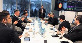 Durante la reunión entre representantes de Paraguay, Estonia y España.