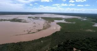 Piden a la población de las zonas de influencia guardar los recaudos necesarios, ante la crecida del río Pilcomayo.