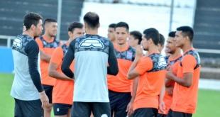 El plantel Santaniano está listo para el debut en la Copa Sudamericana. (Foto Prensa Santaní)
