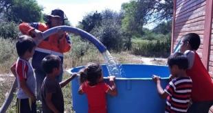 Se estima que la SEN distribuirá, en los siete días de misión, unos 2.100. 000 litros de agua. Foto: SEN.