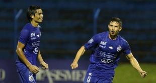 Sol de América buscará imponer su localía ante el Sportivo San Lorenzo.