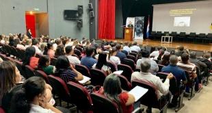 """El Ministerio de Educación y Ciencias (MEC) lleva adelante el primer seminario internacional sobre """"Educar para Recordar"""" - Memoria del Holocausto y otros conflictos con características genocidad."""