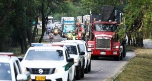 Varios ciudadanos venezolanos acudieron a la zona fronteriza donde está ubicado el puente Francisco de Paula Santander, en Ureña. Foto:  Actualidad RT.