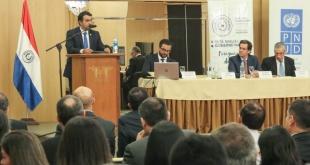 El evento se llevó a cabo en el Hotel Granados Park y contó con la presencia del ministro de Hacienda, Benigno López.