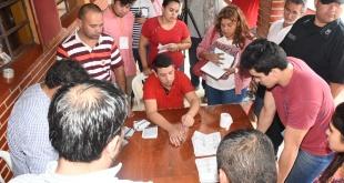 Los conteos de votos iniciaron en los locales. Foto: Andrés Zárate - ADN Paraguayo.